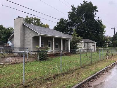Tulsa Single Family Home For Sale: 4204 S 35th West Avenue