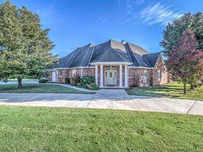 Bartlesville Single Family Home For Sale: 2716 Roanoke Ridge Road