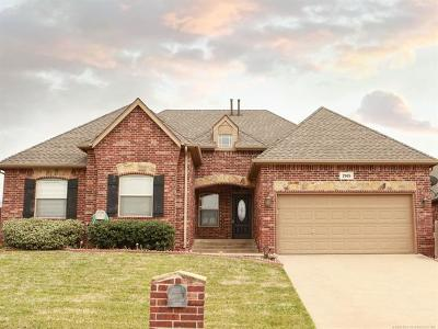 Broken Arrow Single Family Home For Sale: 2905 N Fern Court