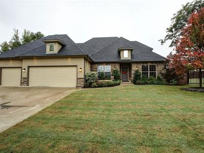 Sand Springs Single Family Home For Sale: 502 W 38th Street
