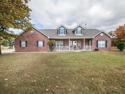 Skiatook Single Family Home For Sale: 18 Loma Vista Lane