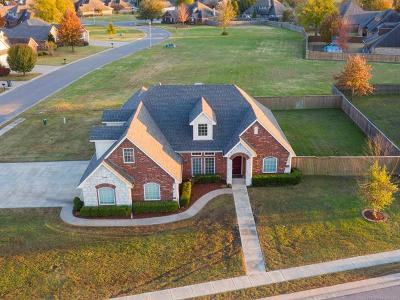 Claremore Single Family Home For Sale: 26622 Duck Pond Drive