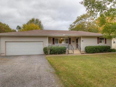 Wagoner Single Family Home For Sale: 1103 9th Street