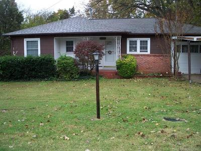 Sand Springs Single Family Home For Sale: 204 E 38th Street