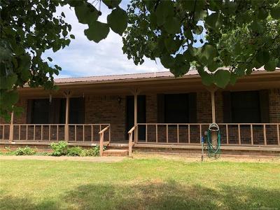 Stigler Single Family Home For Sale: 111 N T 200 Street