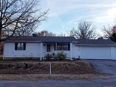 Sand Springs Single Family Home For Sale: 205 W Juanita Drive