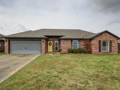Collinsville Single Family Home For Sale: 13352 N 133rd East Avenue