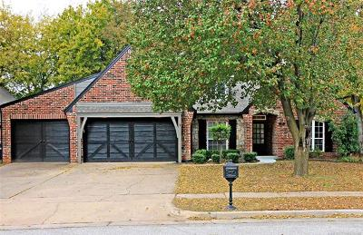 Broken Arrow Single Family Home For Sale: 208 S Redwood Place