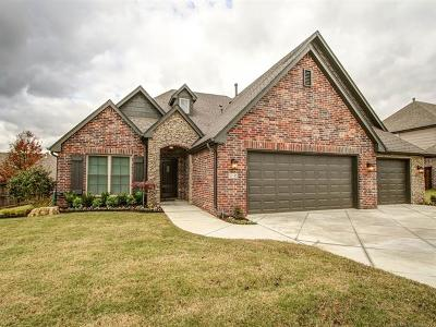Broken Arrow Single Family Home For Sale: 510 N 83rd Place
