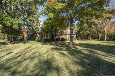 Owasso Single Family Home For Sale: 10044 N Dover Place