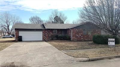 Collinsville OK Single Family Home For Sale: $149,900