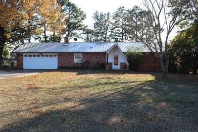 Okmulgee Single Family Home For Sale: 14065 N 248 Road