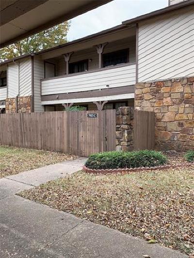 Tulsa Condo/Townhouse For Sale: 7907 E 66th Street #38C