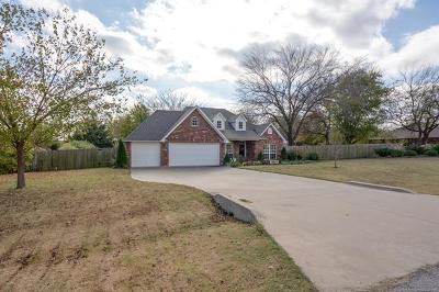 Owasso Single Family Home For Sale: 8816 E 104th Place North