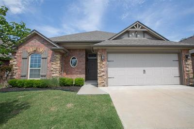 Jenks Single Family Home For Sale: 10725 Masters Circle