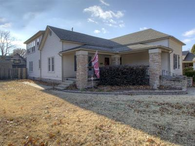 Claremore Single Family Home For Sale: 411 E 6th Street