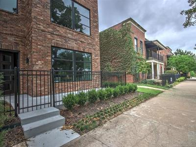 Tulsa Condo/Townhouse For Sale: 1125 E 7th Street #1125
