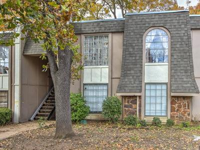 Tulsa Condo/Townhouse For Sale: 6822 S Toledo Avenue #421