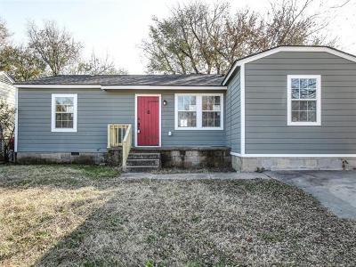 Tulsa Single Family Home For Sale: 512 E Marshall Street