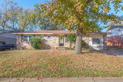 Sand Springs Single Family Home For Sale: 4814 Nassau Avenue