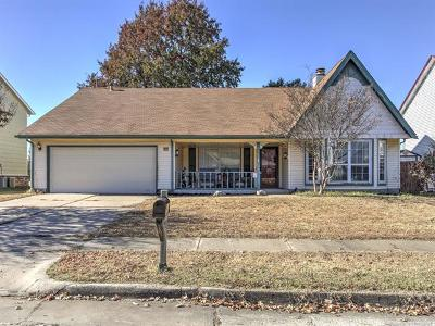 Broken Arrow Single Family Home For Sale: 3812 S Dogwood Avenue