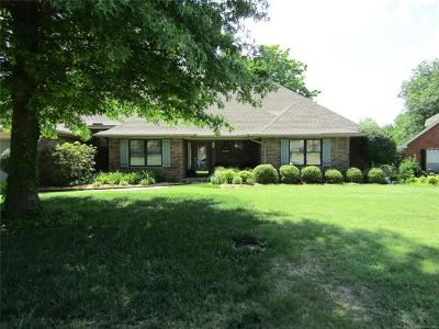 Muskogee Single Family Home For Sale: 2505 Bacon Court