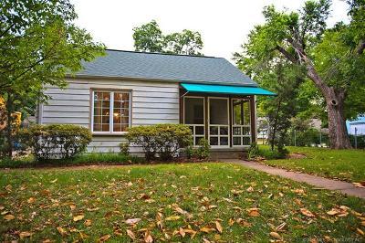 Tulsa Single Family Home For Sale: 1343 E 35th Place