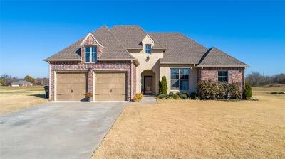 Muskogee Single Family Home For Sale: 604 Club House Drive
