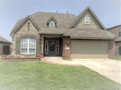 Tulsa OK Single Family Home For Sale: $217,500
