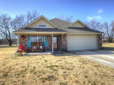 Claremore Single Family Home For Sale: 21112 S Shiloh Road