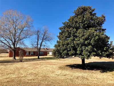 Henryetta Single Family Home For Sale: 29345 Dustin Road