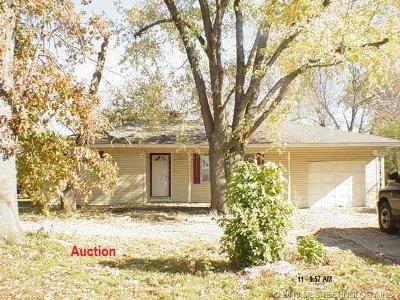 Pryor Single Family Home For Sale: 338 N 434 Road