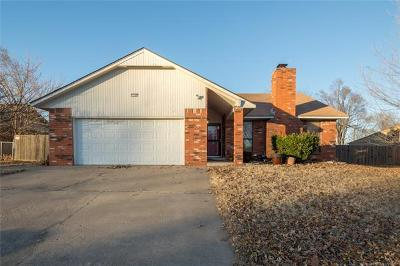 Owasso Single Family Home For Sale: 11105 E 98th Street North