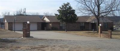 Stigler Single Family Home For Sale: 11590 W Highway 9 Highway