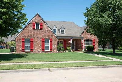 Owasso Single Family Home For Sale: 12701 E 88th Court N