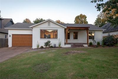 Tulsa Single Family Home For Sale: 3323 S Utica Avenue