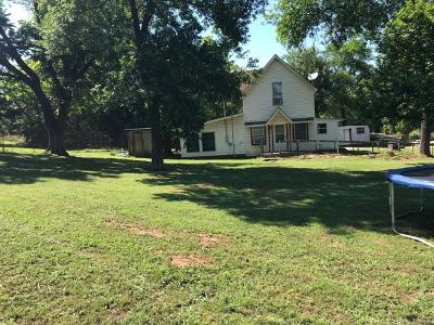 Bristow Single Family Home For Sale: 34327 W Highway 16 Highway