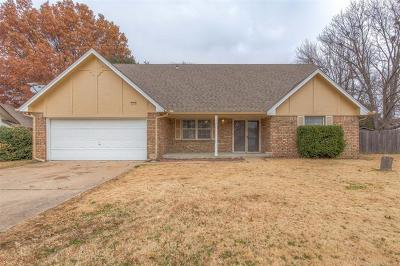 Broken Arrow Single Family Home For Sale: 1504 W Oakridge Court