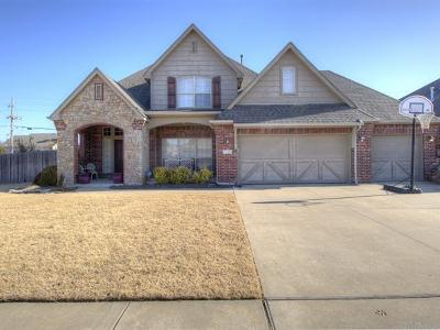 Broken Arrow Single Family Home For Sale: 1103 S Yellowood Place