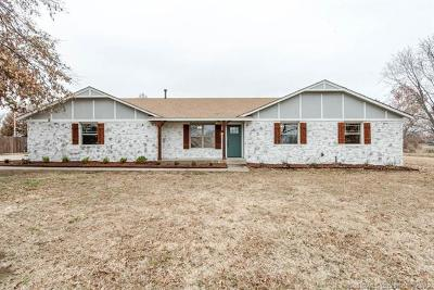 Owasso Single Family Home For Sale: 17309 E 107th Place North