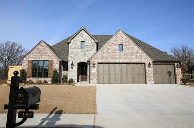 Jenks Single Family Home For Sale: 11202 S Tamarack Street