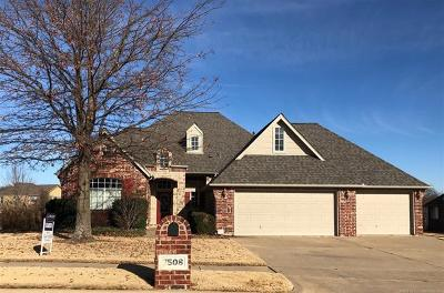 Broken Arrow Single Family Home For Sale: 7508 E Ft Worth Place