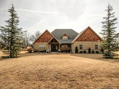 Claremore Single Family Home For Sale: 5198 E Hickory Meadow Drive