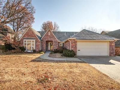 Tulsa Single Family Home For Sale: 6815 S Richmond Place