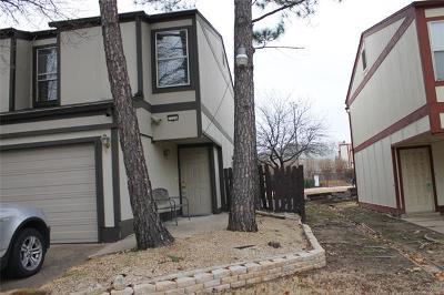 Tulsa Condo/Townhouse For Sale: 7224 E 32 Place S 27 75 Place S #75