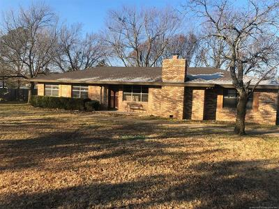 Ada OK Single Family Home For Sale: $149,900