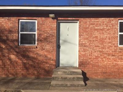 Rental For Rent: 827 E Shawnee Street #A
