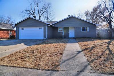 Broken Arrow OK Single Family Home For Sale: $128,000