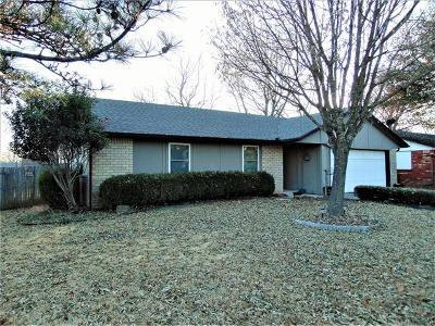 Broken Arrow OK Single Family Home For Sale: $119,999
