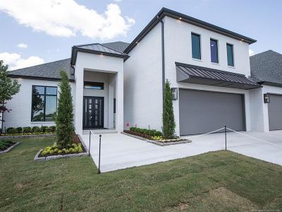 Broken Arrow Single Family Home For Sale: 6110 W Charleston Place
